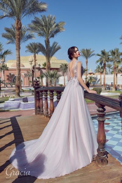 cbb58eddcffc Купить красивые свадебные платья в Санкт-Петербурге  доступные цены ...