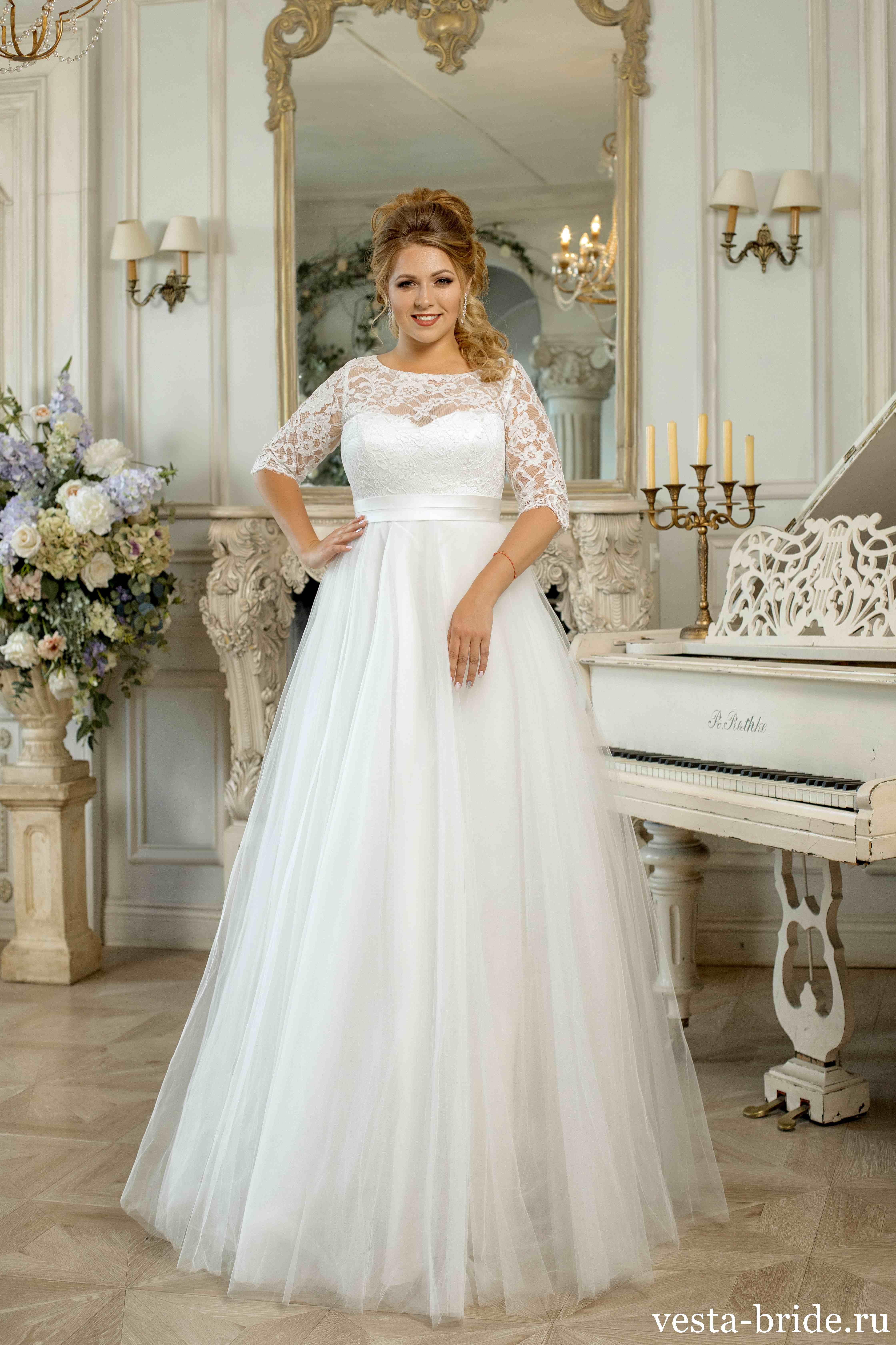 f048afd1f593e20 Свадебные платья больших размеров в СПб: каталог, доступные цены ...