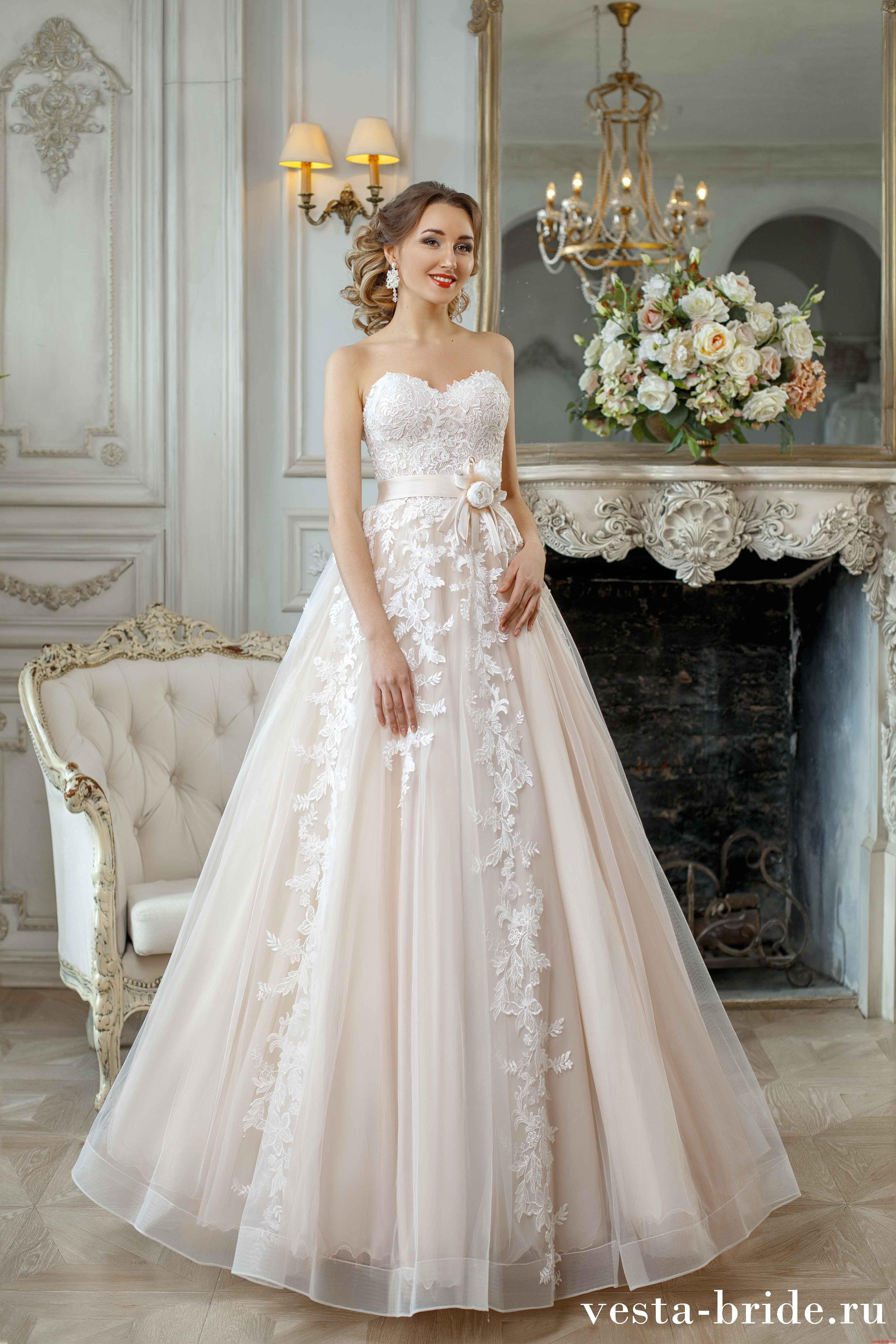 b2cc92d44ab Кружевное свадебное платье А-силуэта Monique  по лучшей цене ...