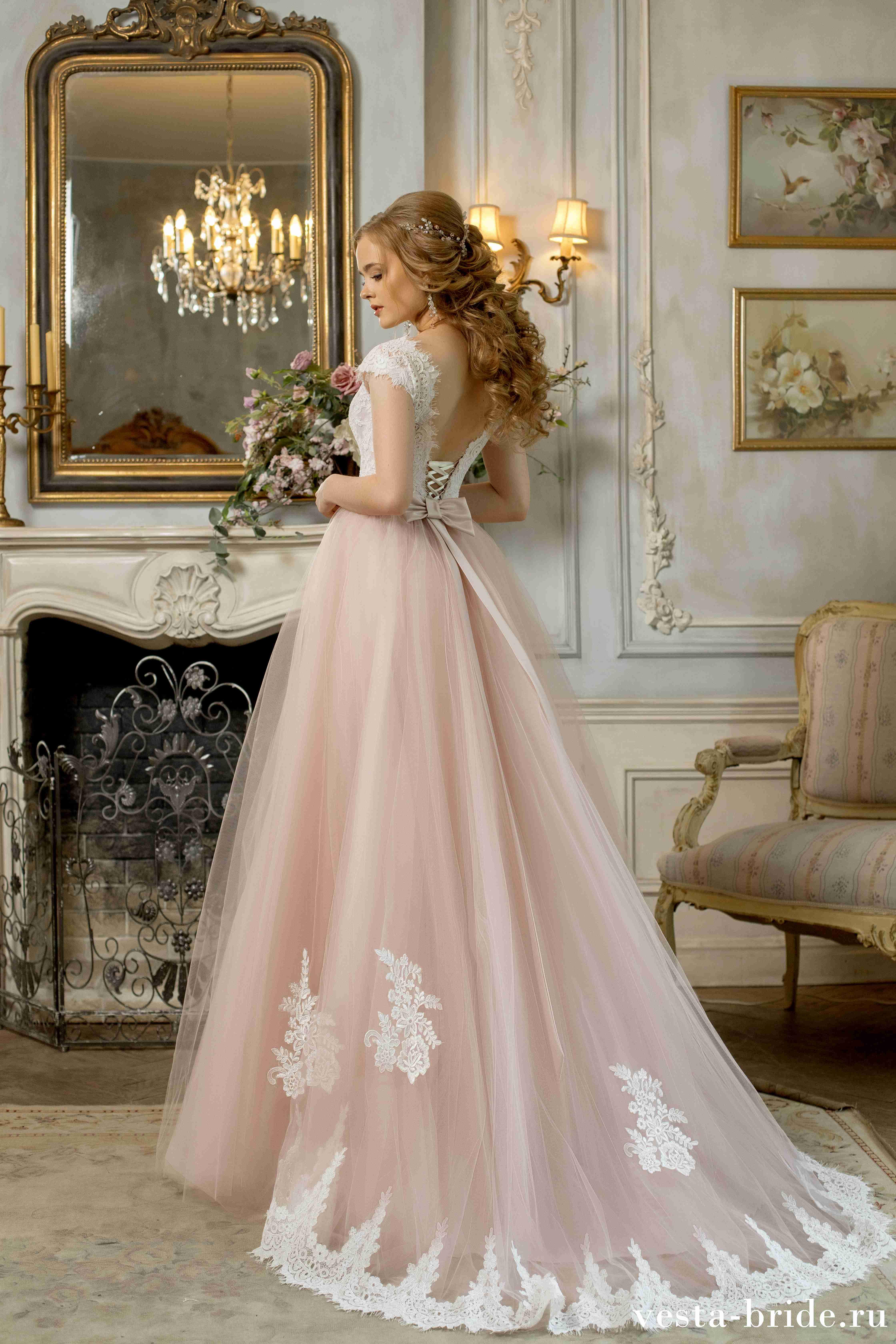 9f21ef8997e3244 Закрытое свадебное платье А-силуэта Орхидея: новинки и лучшие модели ...